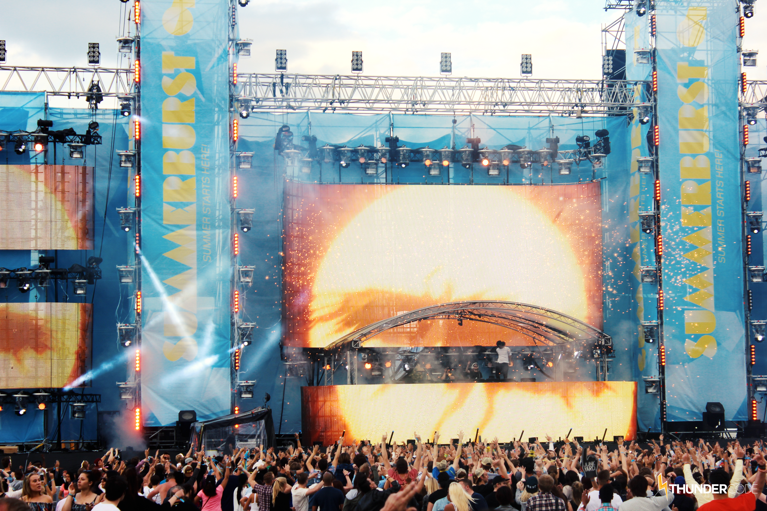 Summerburst20151.png